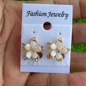Jewelry - Cream Flower Petal Gold Tone CZ Stud Earrings